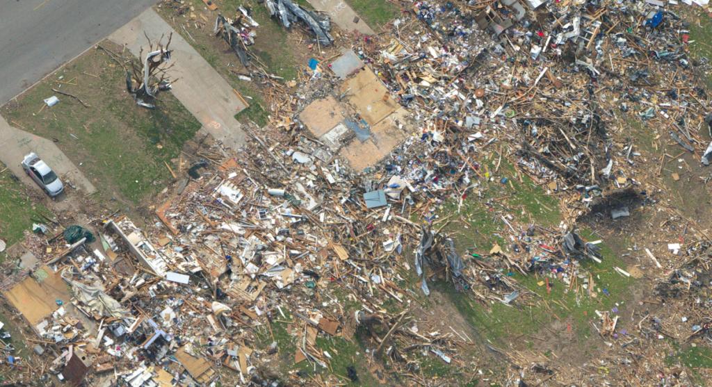 joplin-f5-tornado-damage-picture-scour