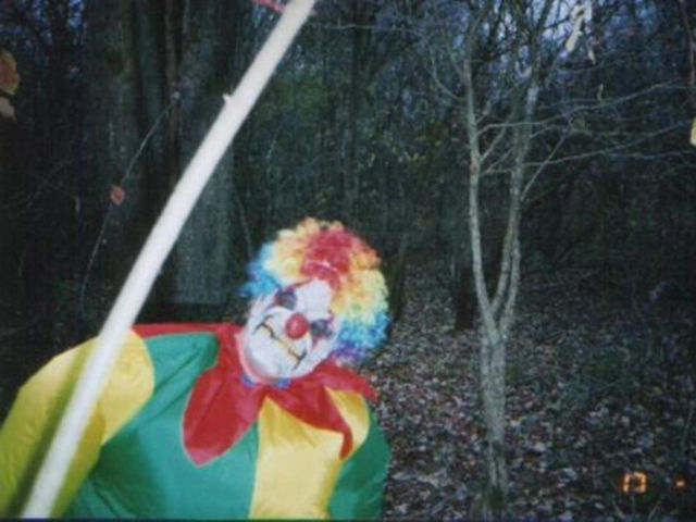 trail-cam-clown